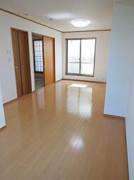 江戸川河川敷を望む眺望良好なリバーサイド物件 4LDKの居間