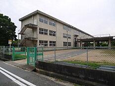 加古川市立陵北小学校まで1419m