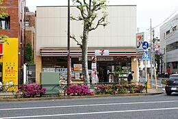 セブンイレブン田園調布郵便局前店まで656m