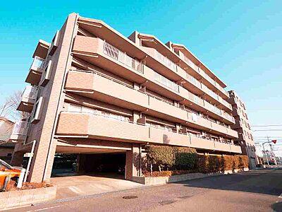 平成20年築のマンションです。青空にそびえ立つ、すごく奇麗な外観です。,3LDK,面積72.1m2,価格2,480万円,JR中央線 豊田駅 徒歩20分,JR八高線 北八王子駅 徒歩8分,東京都八王子市高倉町
