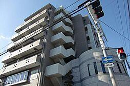 大阪府茨木市下中条町の賃貸マンションの外観