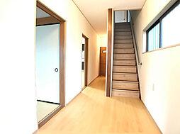床・階段と統一感あります。