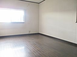 2階 西側洋室