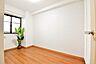 各部屋には収納スペースが確保されておりますのでお部屋を広く使えます。.,3LDK,面積61.88m2,価格1,380万円,JR武蔵野線 東浦和駅 徒歩20分,,埼玉県川口市柳崎2丁目