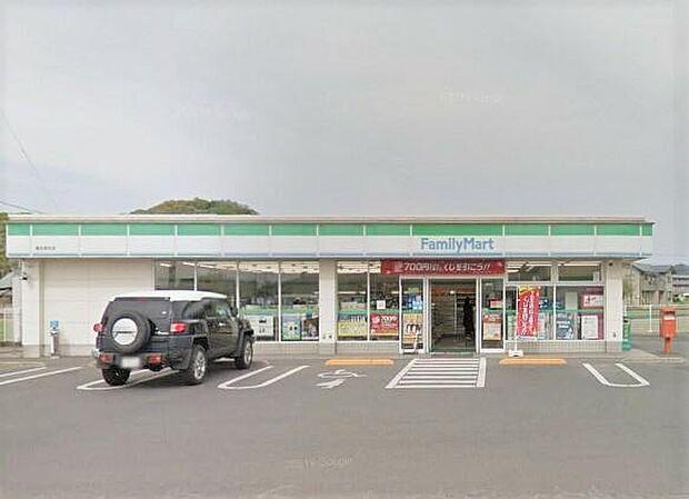 ファミリーマート高松高田店