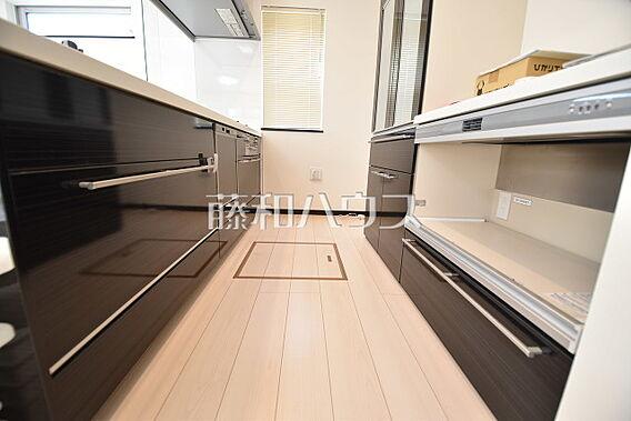 キッチン 【日...