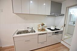 食器洗浄乾燥機付きシステムキッチンです。