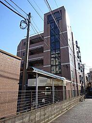 東京都足立区新田3の賃貸マンションの外観