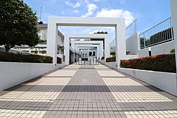 百合ヶ丘ガーデンハウス