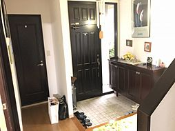 開放的な玄関はお客様をお迎えするのにピッタリ
