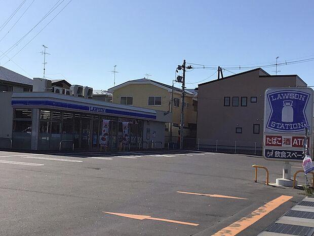 ローソン 八戸石堂店 徒歩 約10分(約740m)