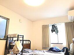 2面採光で明るい7.2帖洋室