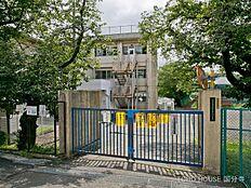 八王子市立由井第三小学校 距離640m