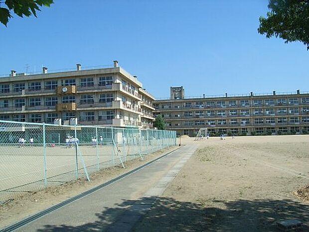 【中学校】富山市立山室中学校まで970m
