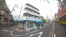 ロイヤルシード小阪[3階]の外観