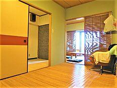 主寝室としてお使いになられているもう1つの6畳の和室のようすです。こちらもお手入れが行き届いています