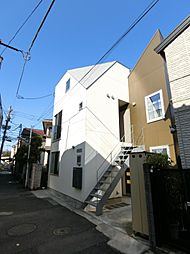 東京都北区志茂4の賃貸アパートの外観
