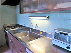 キッチン:築年数がだいぶたっているので交換をお勧め致します。