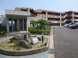 愛知県名古屋市緑区乗鞍3丁目の賃貸マンションの外観