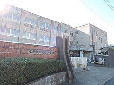 小学校水戸市立飯富小学校まで1794m