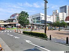 三鷹駅(現地まで1680m)