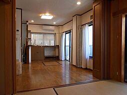上篠崎2丁目鉄骨3階建中古戸建 5LDKの居間