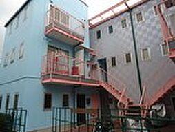 マンションナカムラ[1階]の外観