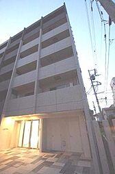 LUXEAER横濱生麦[3階]の外観