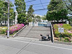 町田市立鶴川第四小学校 距離180m