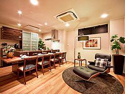 ショールームの5階には、モデルハウスがあり、実際の居住空間を感じて家づくりの参考にしてください。