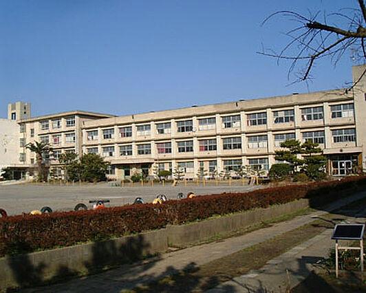 「初声小学校」...