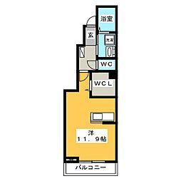 クイーン フルハウス[1階]の間取り