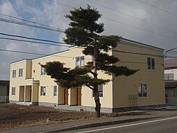 北海道亀田郡七飯町鳴川3丁目の賃貸アパートの外観