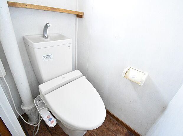 嬉しい温水便座機能付きのトイレ
