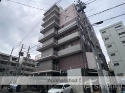 伊予鉄道環状線(JR松山駅経由) 西堀端駅 徒歩3分の賃貸マンション